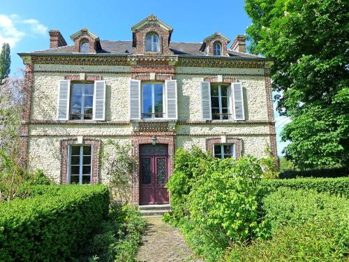 Holiday Home La Romanesque : Guest accommodation near Rumesnil