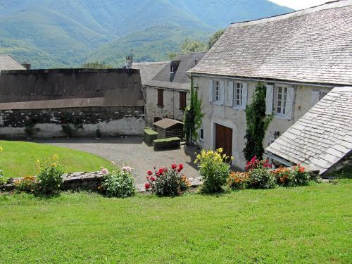 Holiday Home André : Guest accommodation near Portet-d'Aspet