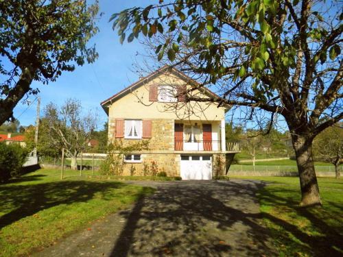 Holiday Home Passerat : Guest accommodation near Saint-Santin