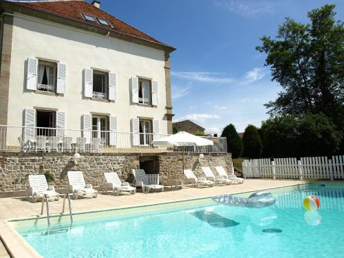 Holiday Home Domaine de St Julien : Guest accommodation near Tollaincourt