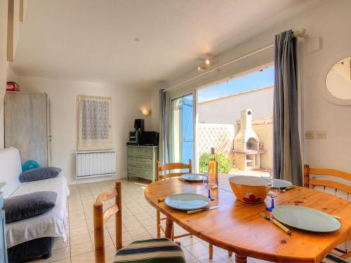 Holiday Home Les Jardins du Barcarès.1 : Guest accommodation near Salses-le-Château