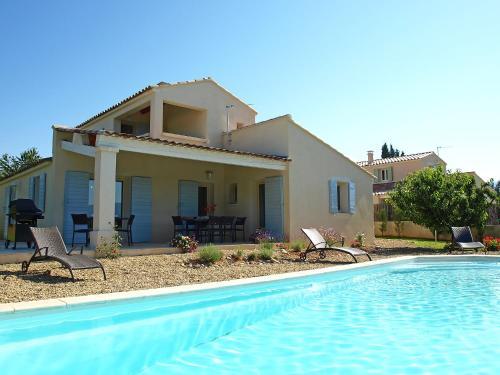 Holiday Home La Bruyère cendree : Guest accommodation near Saint-Saturnin-lès-Apt