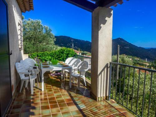 Holiday Home St André de la Roche : Guest accommodation near Falicon