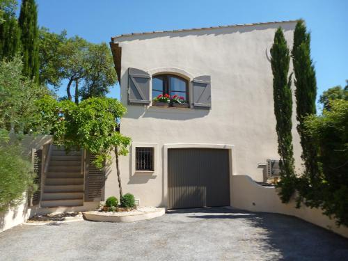Holiday Home La Chartreuse : Guest accommodation near La Môle