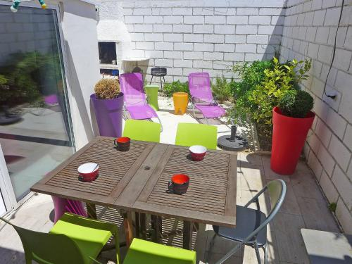 Holiday Home Village du Soleil : Guest accommodation near La Grande-Motte