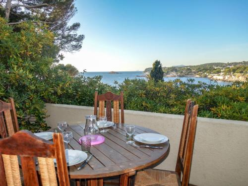 Apartment Le Chateau : Apartment near Bandol