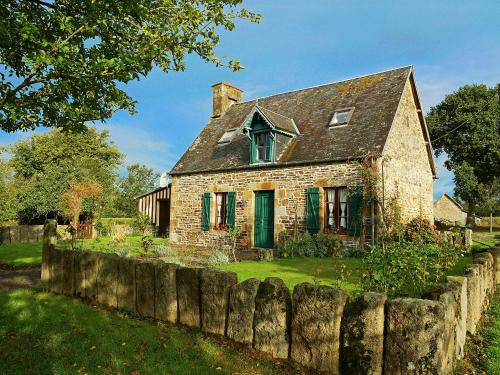 Holiday Home Les Eves : Guest accommodation near Brouains