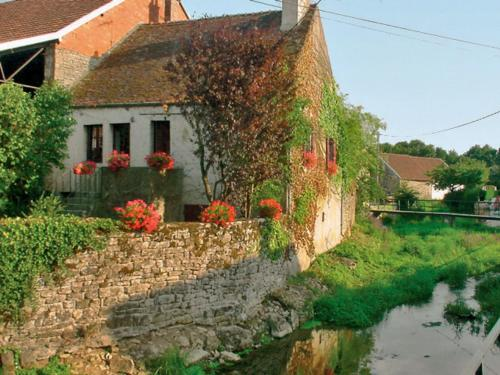 Holiday Home L'Ozerain : Guest accommodation near Mussy-la-Fosse