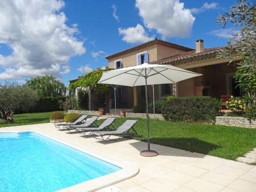 Villa Le Bouloulou : Guest accommodation near Velleron