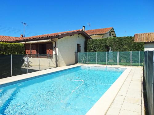 Holiday Home Lacouture : Guest accommodation near Tarnos