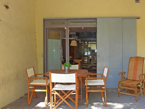 Holiday Home Le Chatelet : Guest accommodation near Fleury