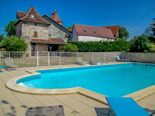 Holiday Home Le Pigeonnier : Guest accommodation near Anglars