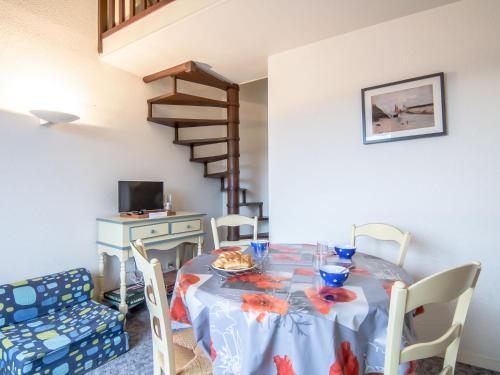 Apartment Le Plazza : Apartment near Deauville