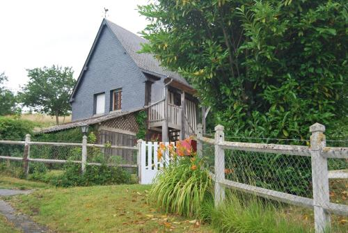 Gite De Campagne : Guest accommodation near Lécaude