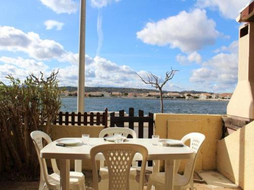 House Mas de la mer 1 : Apartment near Sigean