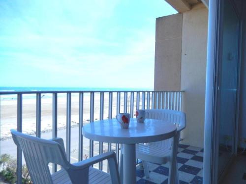 Rental Apartment Mediterranee II- Port-La-Nouvelle : Apartment near Port-la-Nouvelle