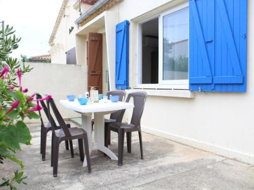 Apartment Port la nouvelle - 2 pers, 27 m2, 1/0 : Apartment near Port-la-Nouvelle
