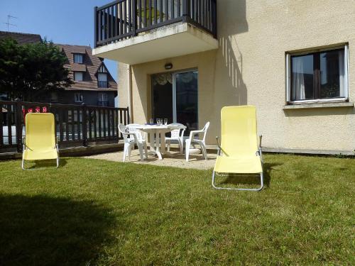 Apartment Castel Morny : Apartment near Tourgéville