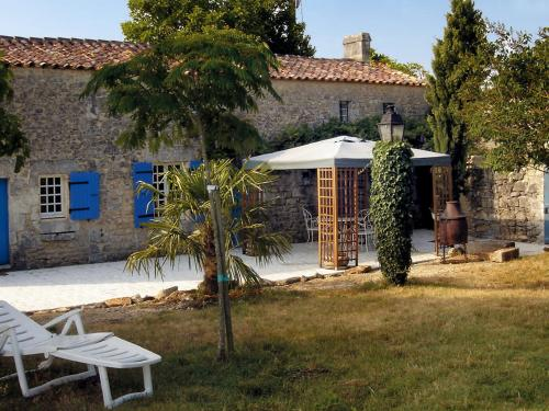 Holiday Home Petichaud : Guest accommodation near Les Essards