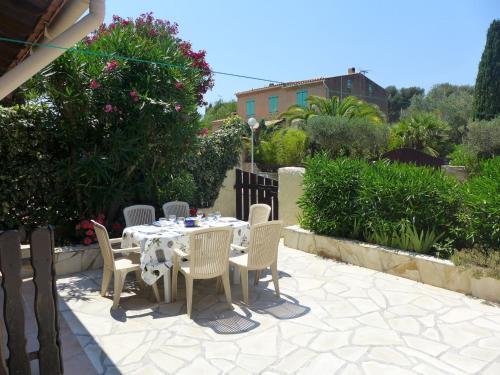 Apartment Les Jardins de Sinople : Apartment near Saint-Cyr-sur-Mer