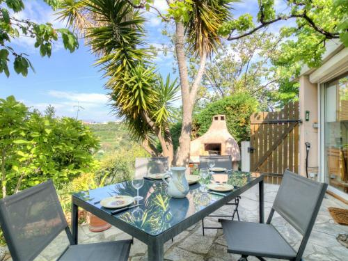 Holiday Home Agora : Guest accommodation near Colomars