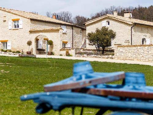 Holiday Home Aubignane la Bastide du père Marius : Guest accommodation near Banon