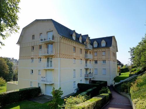 Apartment Vallon 2 : Apartment near Bonneville-sur-Touques