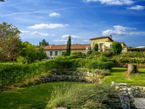 Holiday Home La Petite Marguerite : Guest accommodation near Saint-Avit