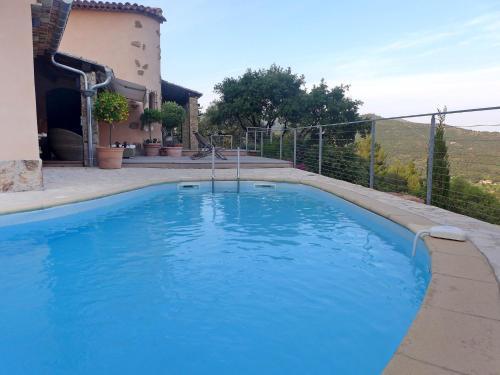 Villa Villa Le Courtin : Guest accommodation near La Londe-les-Maures