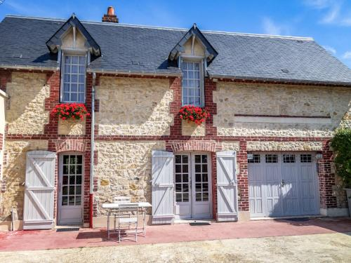 Holiday Home Yolande : Guest accommodation near Coudray-Rabut