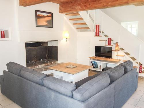 Holiday Home Gil : Guest accommodation near Châteauneuf-d'Ille-et-Vilaine