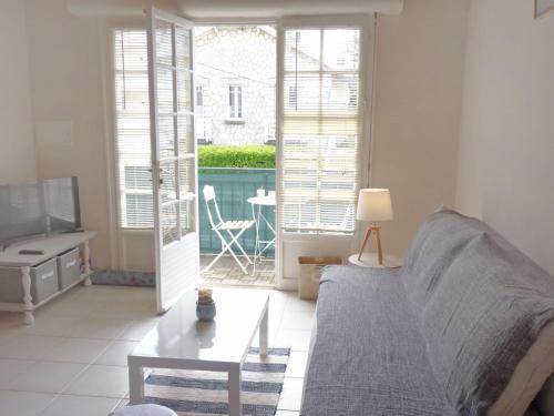 Apartment Rampe du vengeur : Apartment near Royan
