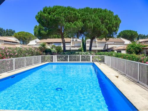 Holiday Home Les Maisons du Golf : Guest accommodation near Candillargues