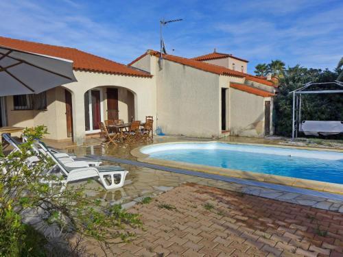 Holiday Home VILLA CANIGOU : Guest accommodation near Villelongue-de-la-Salanque