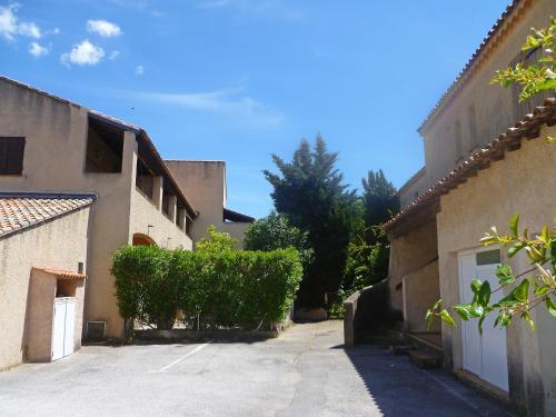 Apartment Le Weekend : Apartment near Saint-Cyr-sur-Mer