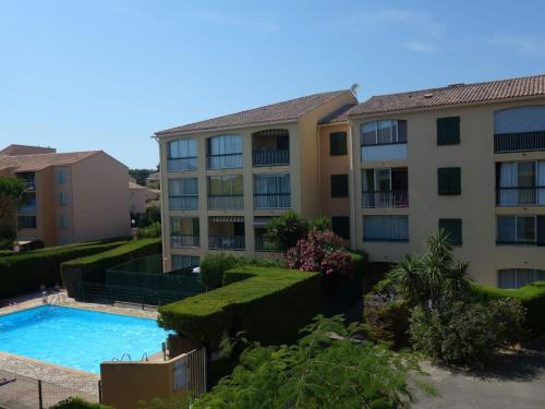 Apartment Les Prats Fleuris : Apartment near Évenos