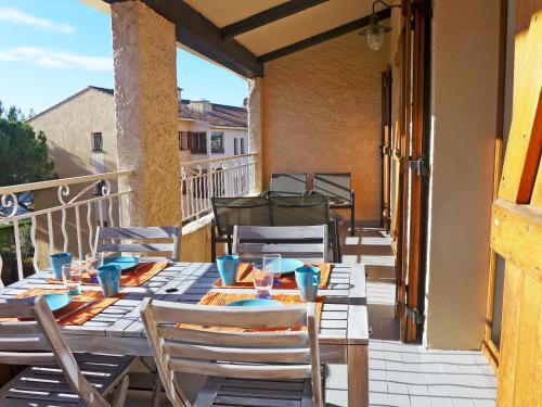 Apartment Les Faubourgs Saint Michel : Apartment near Évenos