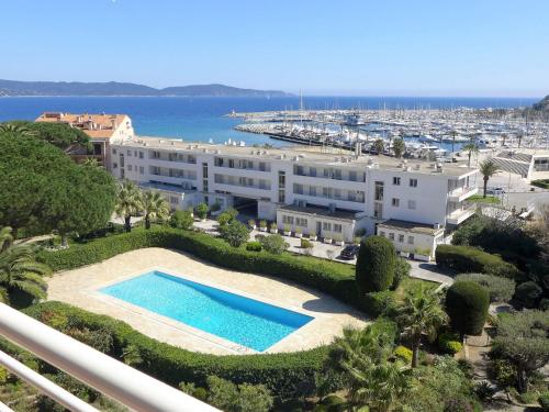 Apartment Le Grand Pavois : Apartment near Cavalaire-sur-Mer
