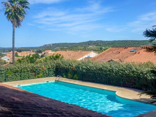 Holiday Home Domaine des Vignes.6 : Guest accommodation near Cogolin