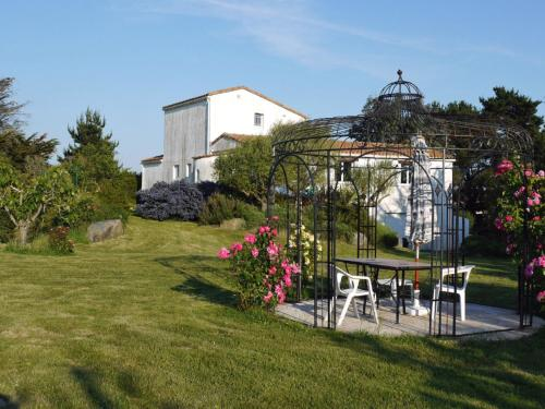 Holiday Home Muse : Guest accommodation near Préfailles