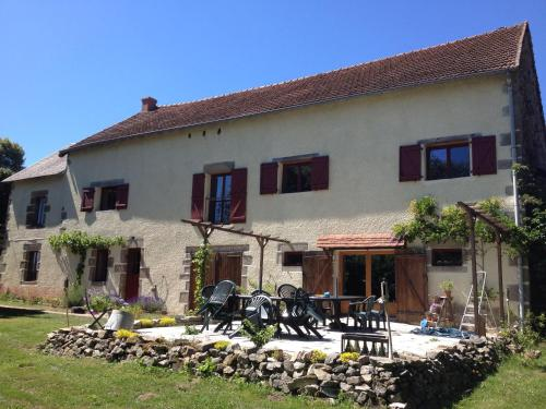 Combrailleurs : Bed and Breakfast near Saint-Maurice-près-Pionsat