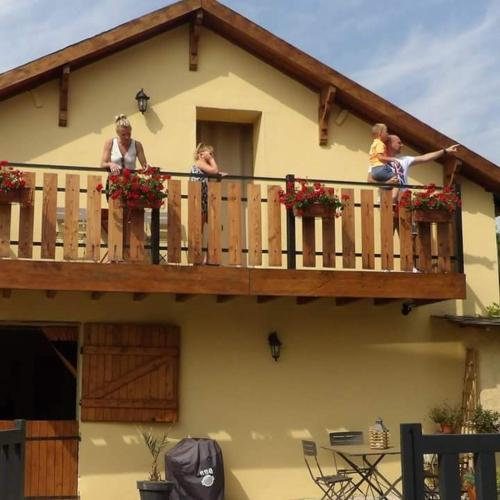 Gite Au Grenier Cosy : Guest accommodation near Coingt