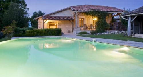 La Gaitrie : Guest accommodation near Oriolles