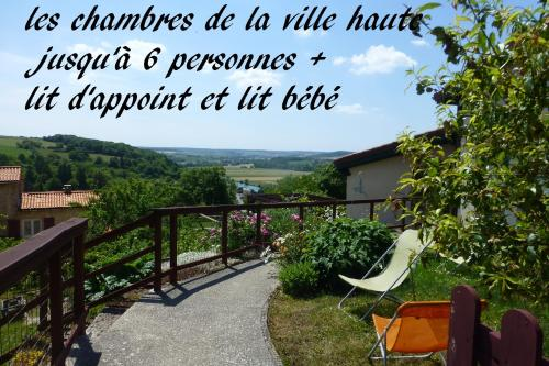 les chambres de la ville haute : Bed and Breakfast near Beauclair