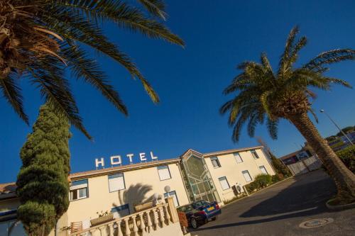 Hotel The Originals Narbonne Le Puech (ex Inter-Hotel) : Hotel near Montredon-des-Corbières