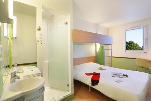 Hotel Ibis Budget Cosne Sur Loire : Hotel near Saint-Laurent-l'Abbaye