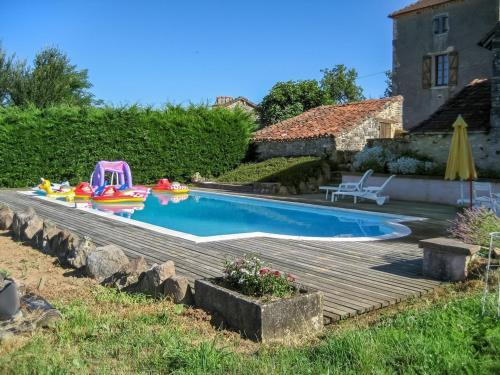 Holiday home Le Barbut : Guest accommodation near Labastide-du-Vert
