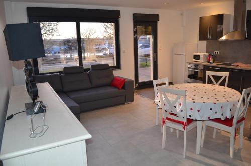 Appart vue sur port : Apartment near Le Portel
