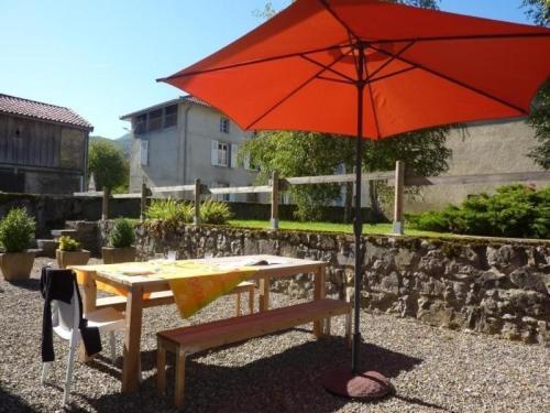 House Gîte communal de cazavet : Guest accommodation near Saleich