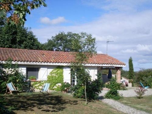 House Unzent - 4 pers, 75 m2, 3/2 : Guest accommodation near Marliac